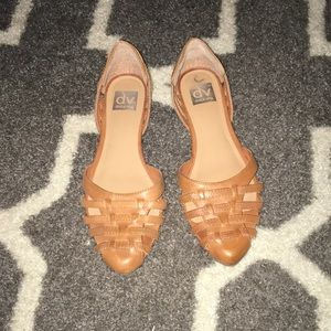 Dolce Vita pointy toed flats size 9.5 (fit like 9)